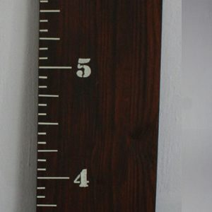 Dark stain growth chart rulers